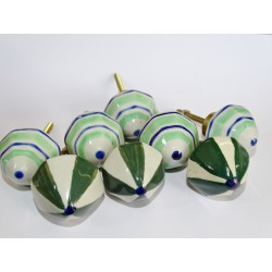 Lot de 8 boutons en porcelaine grand format - Lot 45