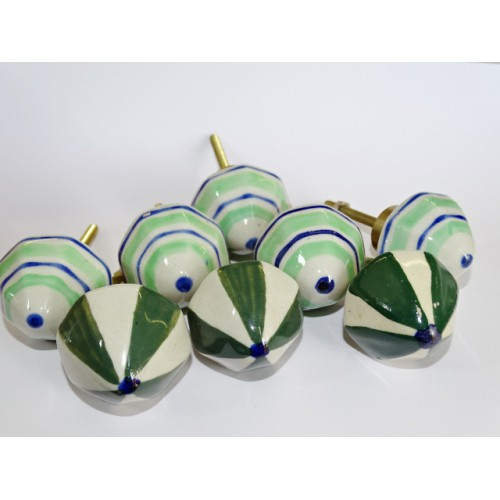 Lot de 6 boutons en porcelaine grand format - Lot 45