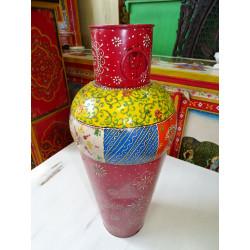 Vieille jarre à grain peinte main