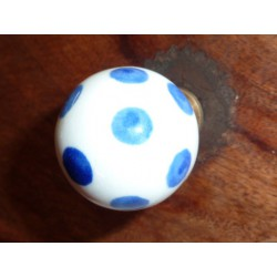 Boutons boule blanche pois bleu outremer
