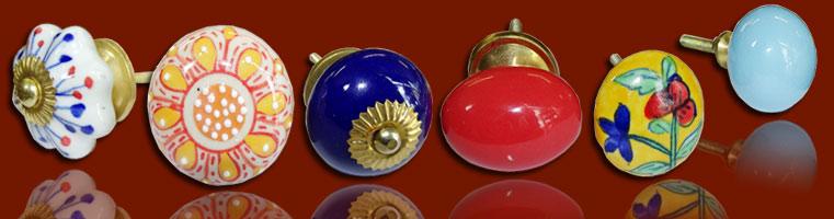 Boutons et poign es de meuble en porcelaine poign es en c ramique les int - Poignee de placard originale ...