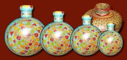 Pots, gourdes, vase indien